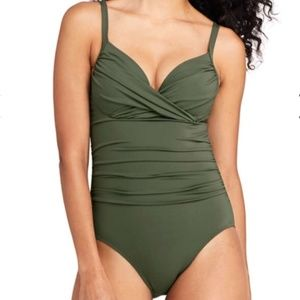 LANDS' END PERFECT DRAPED UNDERWIRE ONE-PIECE